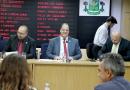 Câmara de Osasco vota projeto para descontar R$ 500 de vereador que faltar em sessão