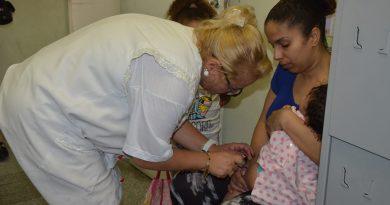 Campanha de vacinação contra sarampo para crianças até 5 anos termina na sexta