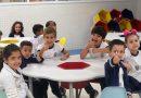 Clima acolhedor e muita organização marcam a volta às aulas na rede de Barueri