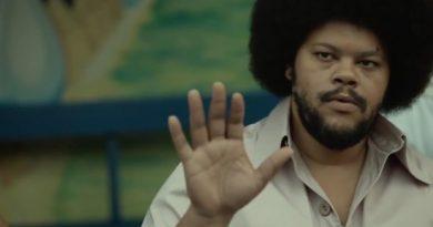"""Babu Santana protagoniza """"Tim Maia – Vale O Que Vier"""", que estreia dia 10 no Canal Brasil"""