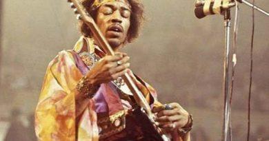 Jimi Hendrix, David Bowie e outros astros do rock ganham série especial de documentários no Film & Arts